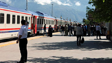 The Dogu Express at a station in Eastern Turkey
