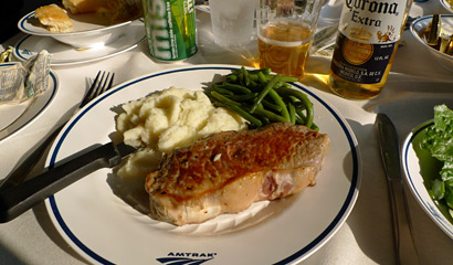 Amtrak food:  A tasty New York steak