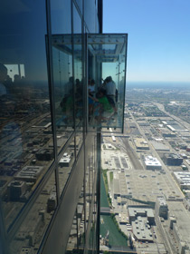 The vertigo-inducing glass 'pods' on the Sears Tower SkyDeck