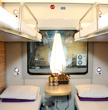 4-berth sleeper in the private Livitrans sleeping-car from Hanoi to Hue & Danang