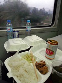 Meal served on train SE3