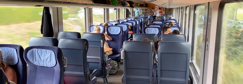 2nd clas seats on a DB Intercity train