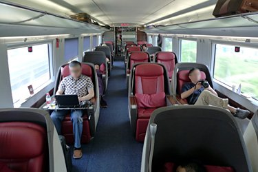 Business class seats on a CRH380B Shanghai to Beijing train
