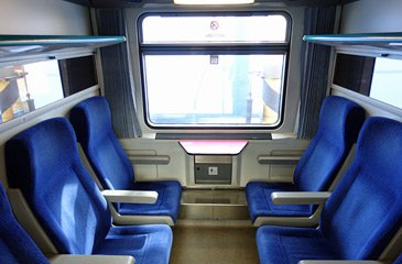 2nd class 6-seat compartment