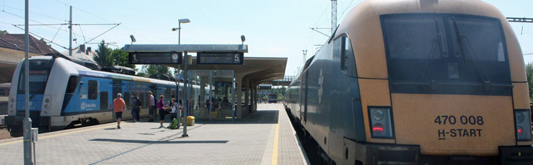 Changing trains at Ceske Velenice