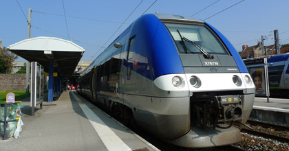 TER regional train from Calais Ville to Boulogne