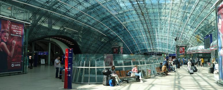 法兰克福Flughafen车站大厅