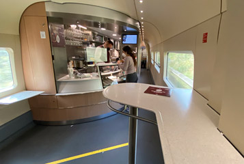 Bar counter car on an ICE4 train
