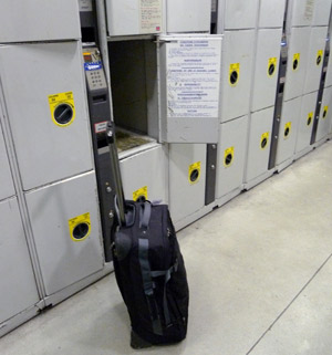 Left luggage lockers at Paris Gare du Nord - the medium size.