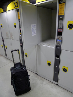 The largest size of left luggage lockers at Paris Gare du Nord