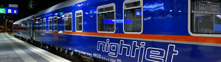 Comfortline sleeping-car, freshly repainted in new Nightjet colours