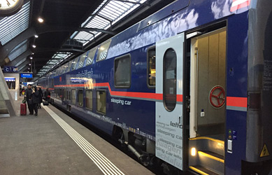 Double-deck sleeping-car on Vienna-Zurich Nigtjet at Zurich