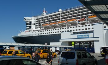 Queen Mary 2 arrived at the Brooklyn Cruise Terminal