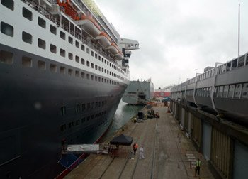 Queen Mary 2 arrived at Southampton QEII terminal