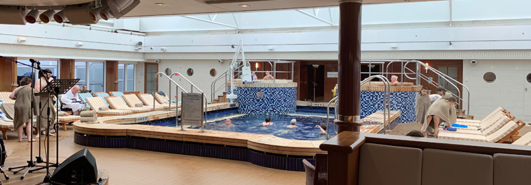 Pavilion Pool on Queen Mary 2