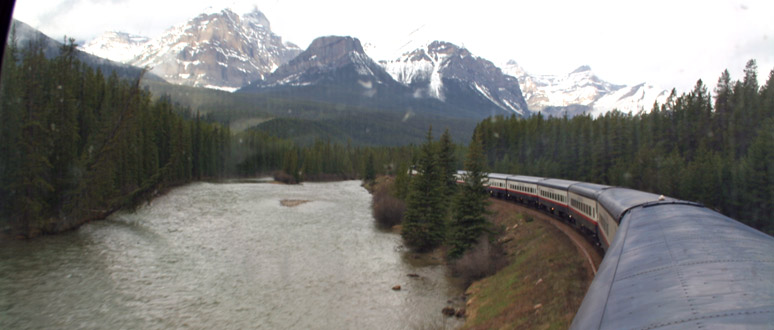 Rocky Mountaineer on Morant's Curve