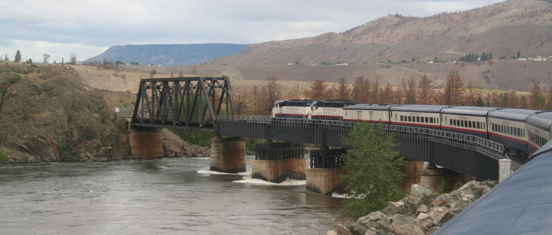 Rocky Mountaineer on Thompson River