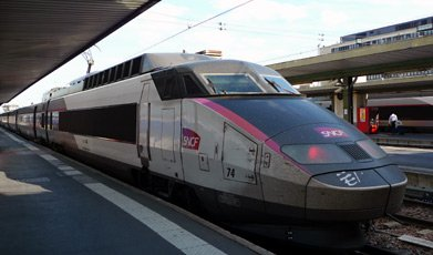 TGV in latest livery