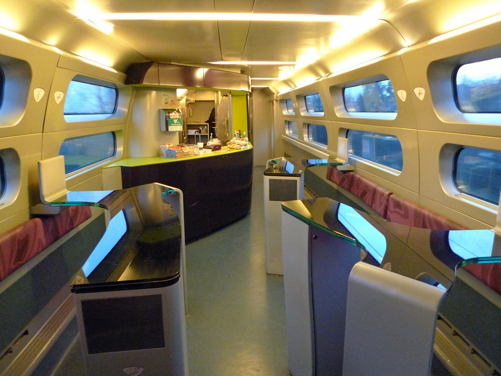 Garde Du Corps Marseille trains from london to france from £35 | london to nice